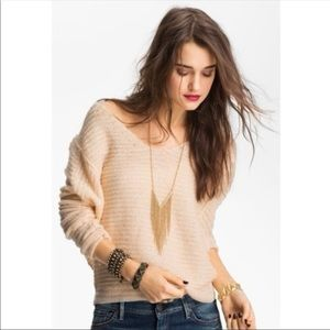 Free People Sweaters - *CLEARANCE* Free People Peach Ivory Sweater